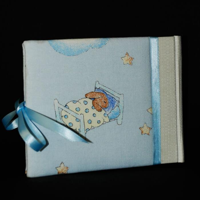 kleines Notizbuch in hellblau mit Kindermotiv