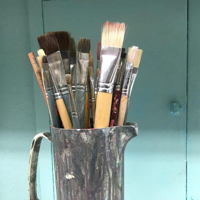 Pinsel in verschiedenen Größen für Maler
